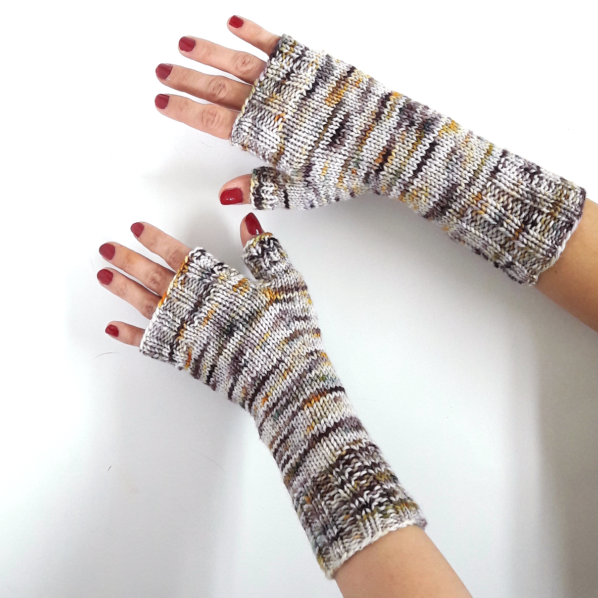 Basic_Soft_DK_Fingerless_Mitts_3