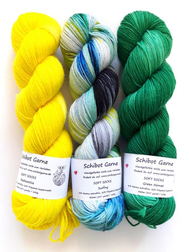 Soft Socks TRIO: Radioactive, Surfing, Green Hornet